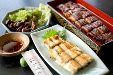 鰻三昧!うなぎ処はちすかの蒲焼、白焼、肝焼の3種セット