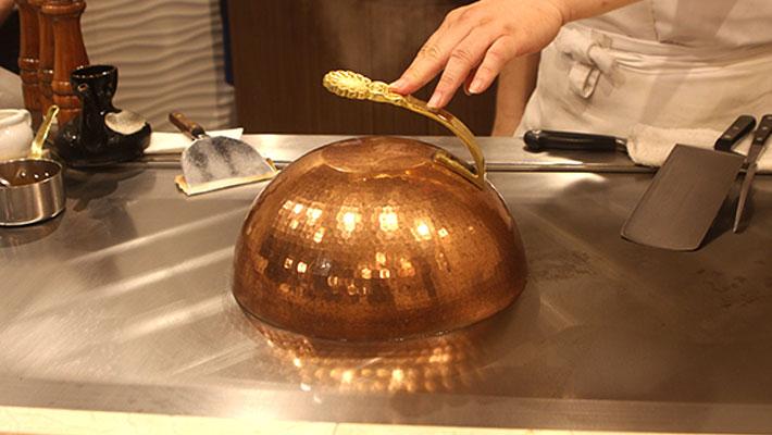 佐賀牛ハンバーグ調理