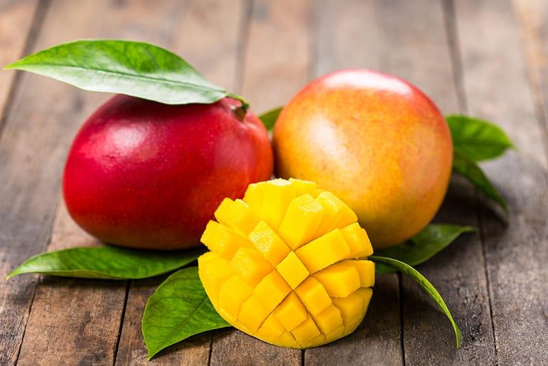 マンゴー好きなら知っておきたい基本の3品種