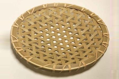 豊後高田の竹で作った亀甲盛皿