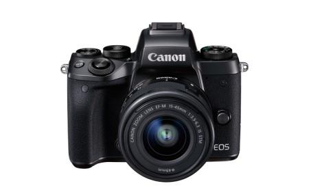 ミラーレスカメラ EOS M5・EF-M15-45 IS STMレンズキット