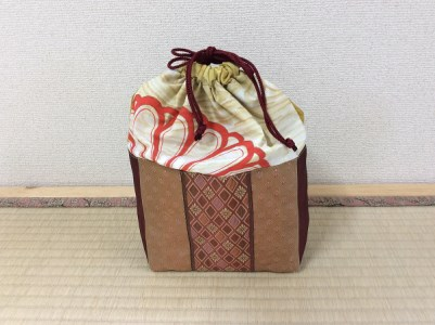 畳の縁(へり)で作った巾着袋